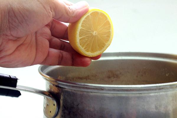 Приготовление раствора лимонного сока