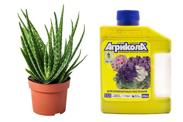 Жидкое удобрение «Агрикола» для комнатных растений